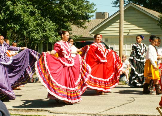 Cultural dancers during the 4th of July Parade